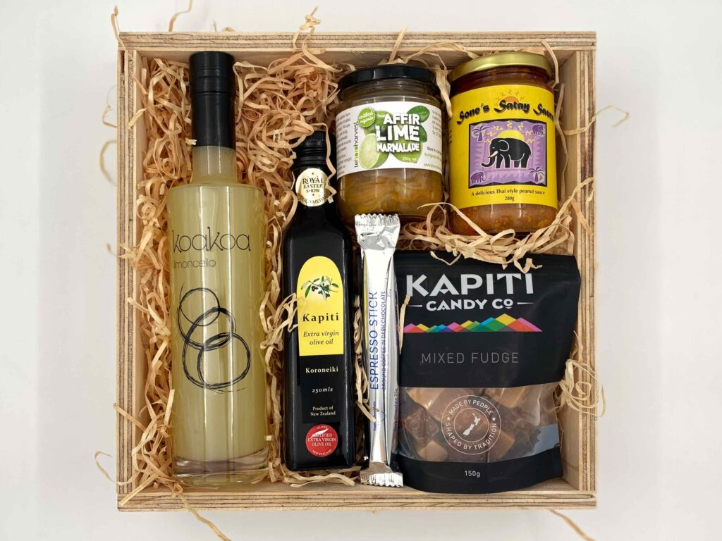Kapiti Goodies gift box with Koakoa Limoncello